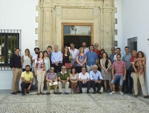 Los participantes en el Congreso de junio de 2014 ante la sede de la UIMP en La Rábida
